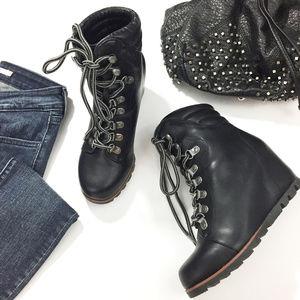 Esprit Sammie Wedge Boots NWOB